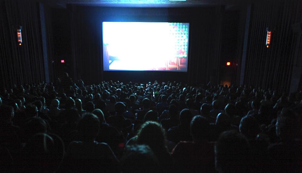 FE Ciptakan Aura Militan Dengan Menonton Film
