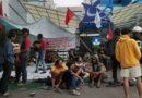 Massa Aksi KANPMI Bertahan di Tenda Juang