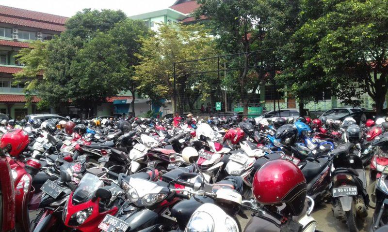 Ketersediaan Lahan Parkir Menjadi Pekerjaan Rumah Bagi UPNVJ